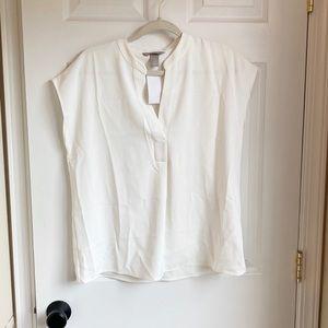 NWT HM cream cap sleeve blouse- Size 8